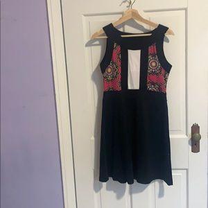 Vfish Sleeveless Dress